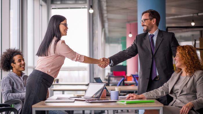 onderhandelingen earn-outregeling