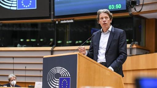Europees Parlement wil hardere aanpak belastingparadijzen